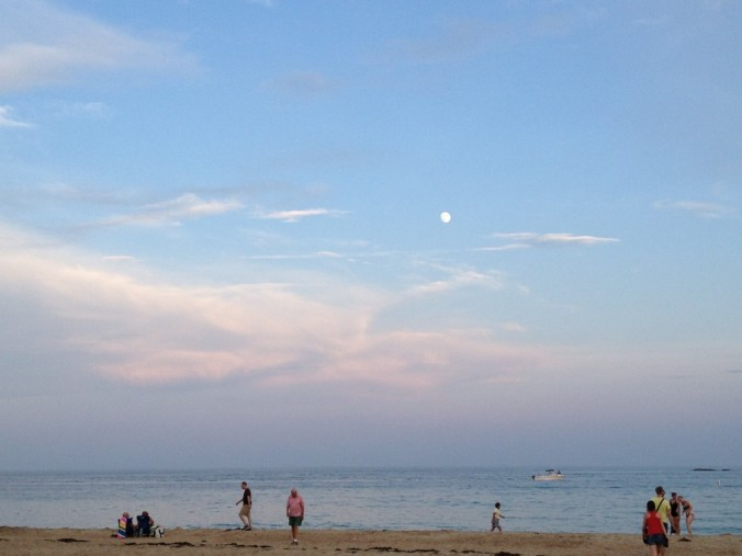Singing Beach and the Moon