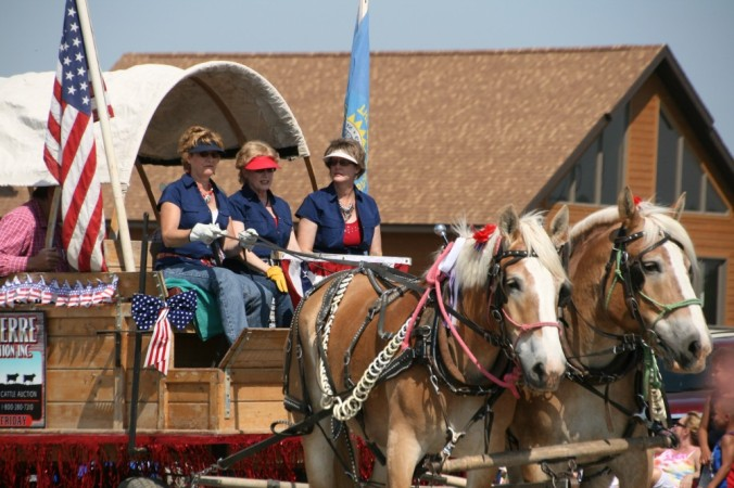 Fort Pierre Parade 1